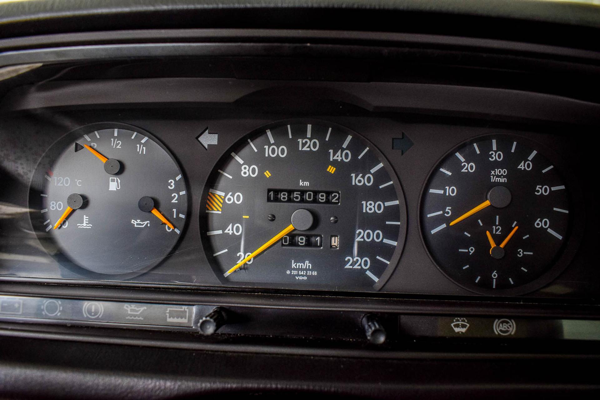 Mercedes-Benz 190 2.5 D Turbo Diesel Foto 49
