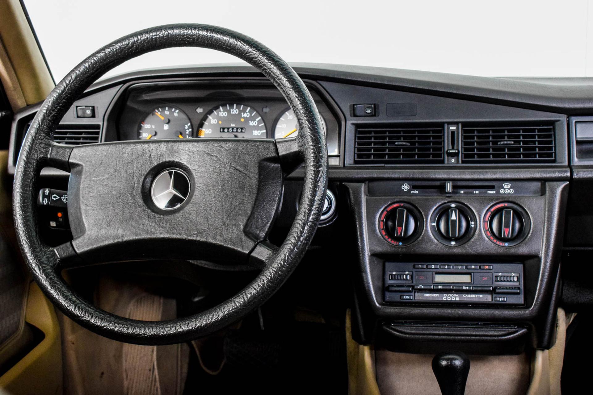 Mercedes-Benz 190 2.5 D Turbo Diesel Foto 51