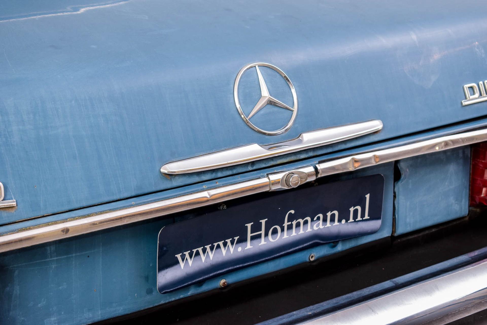 Mercedes-Benz 200-serie 300D Foto 15