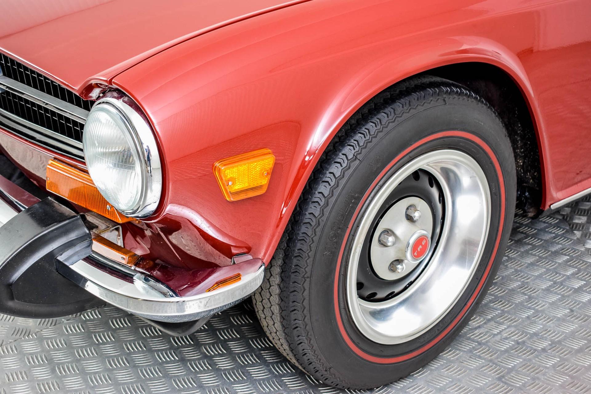 Triumph TR6  Foto 34