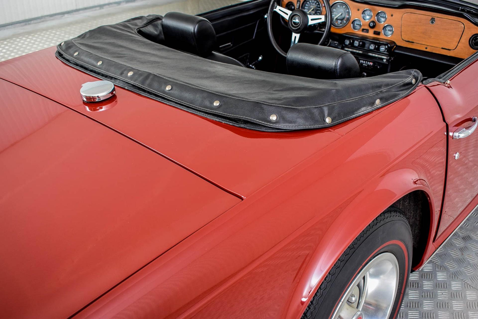 Triumph TR6  Foto 41