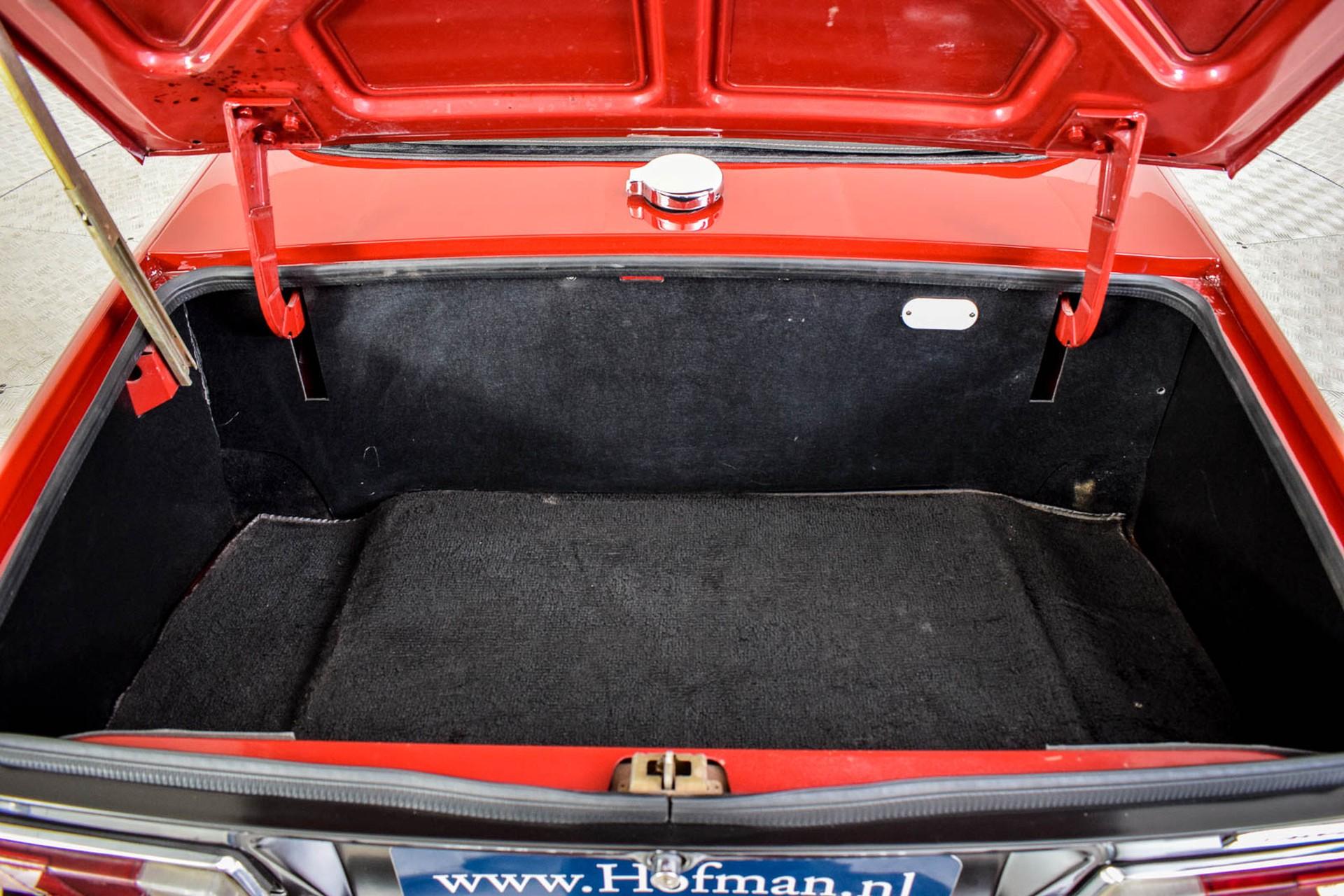 Triumph TR6  Foto 54
