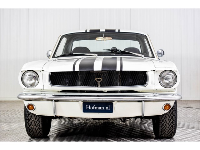 Ford Mustang V8 automaat Foto 3