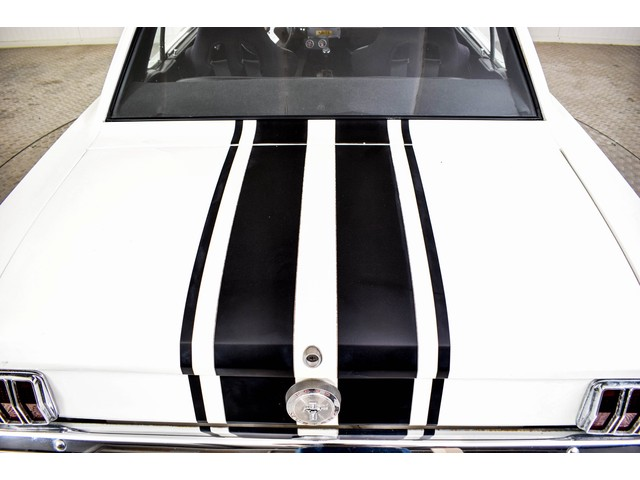 Ford Mustang V8 automaat Foto 30
