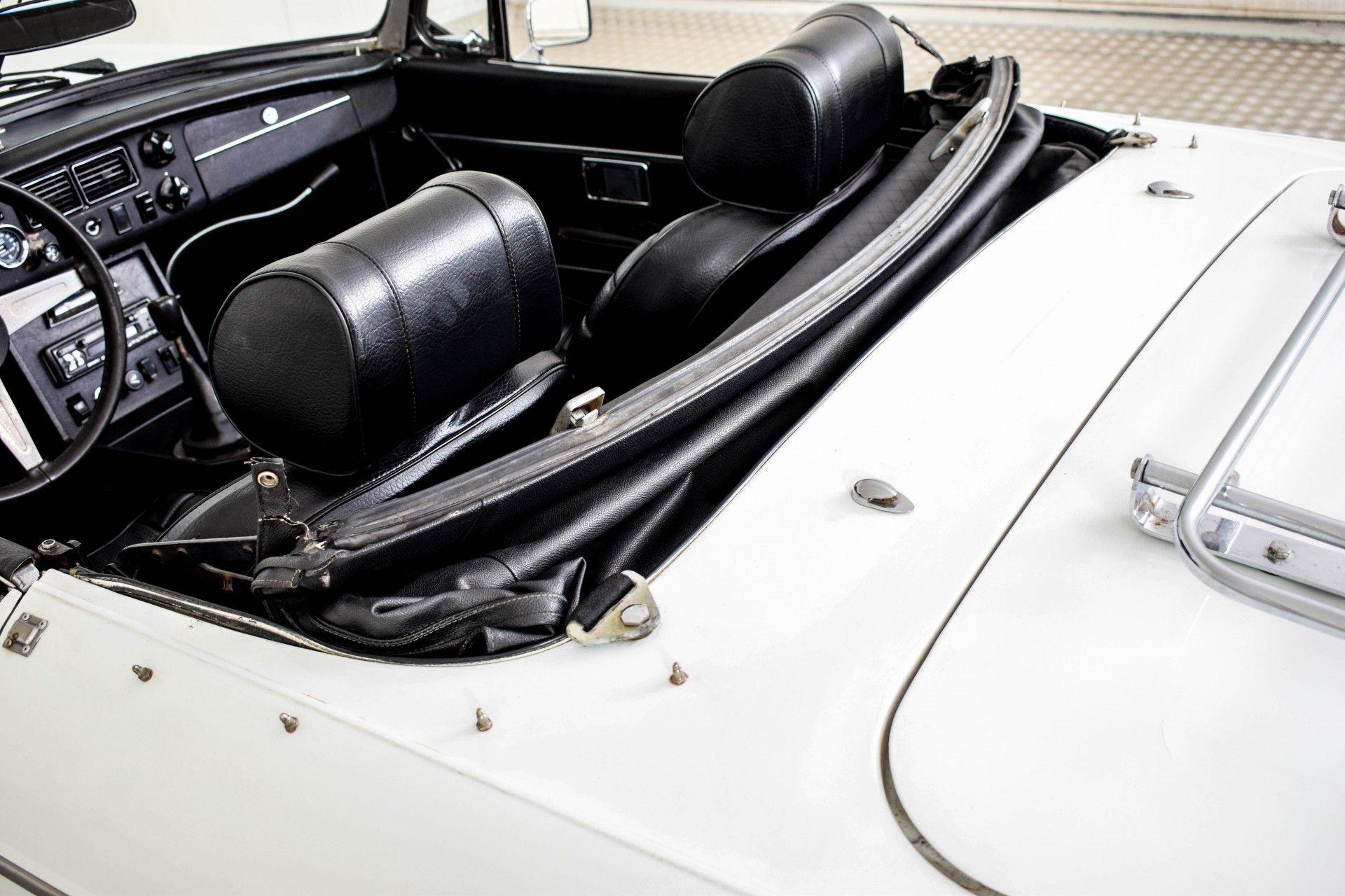 MG B MGB Roadster Foto 42