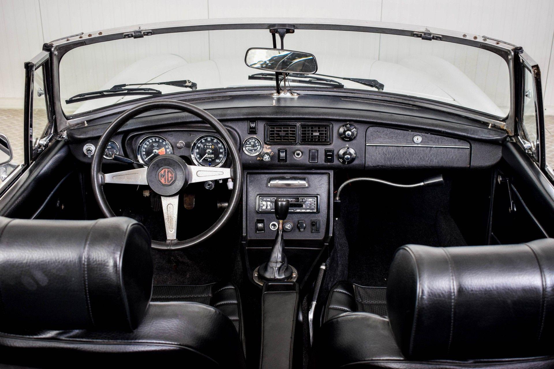 MG B MGB Roadster Foto 44