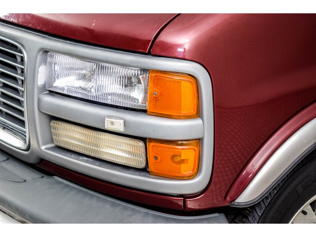 GMC 3500 Savana 5.7 V8 Campervan Regency Foto 14