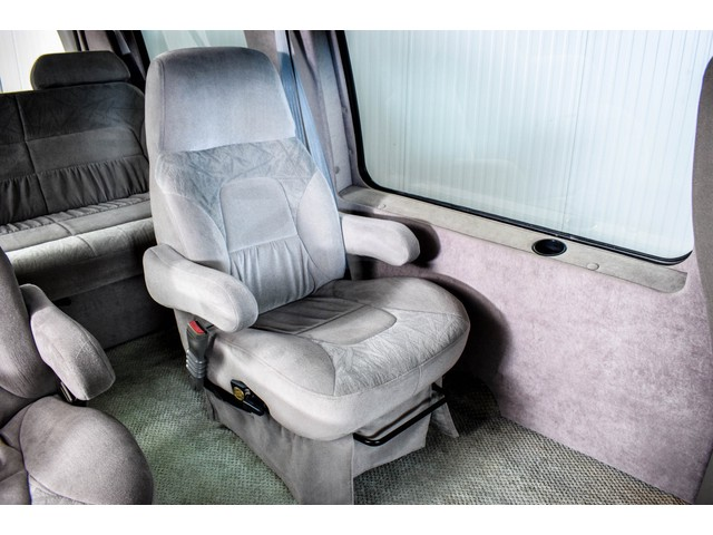 GMC 3500 Savana 5.7 V8 Campervan Regency Foto 43