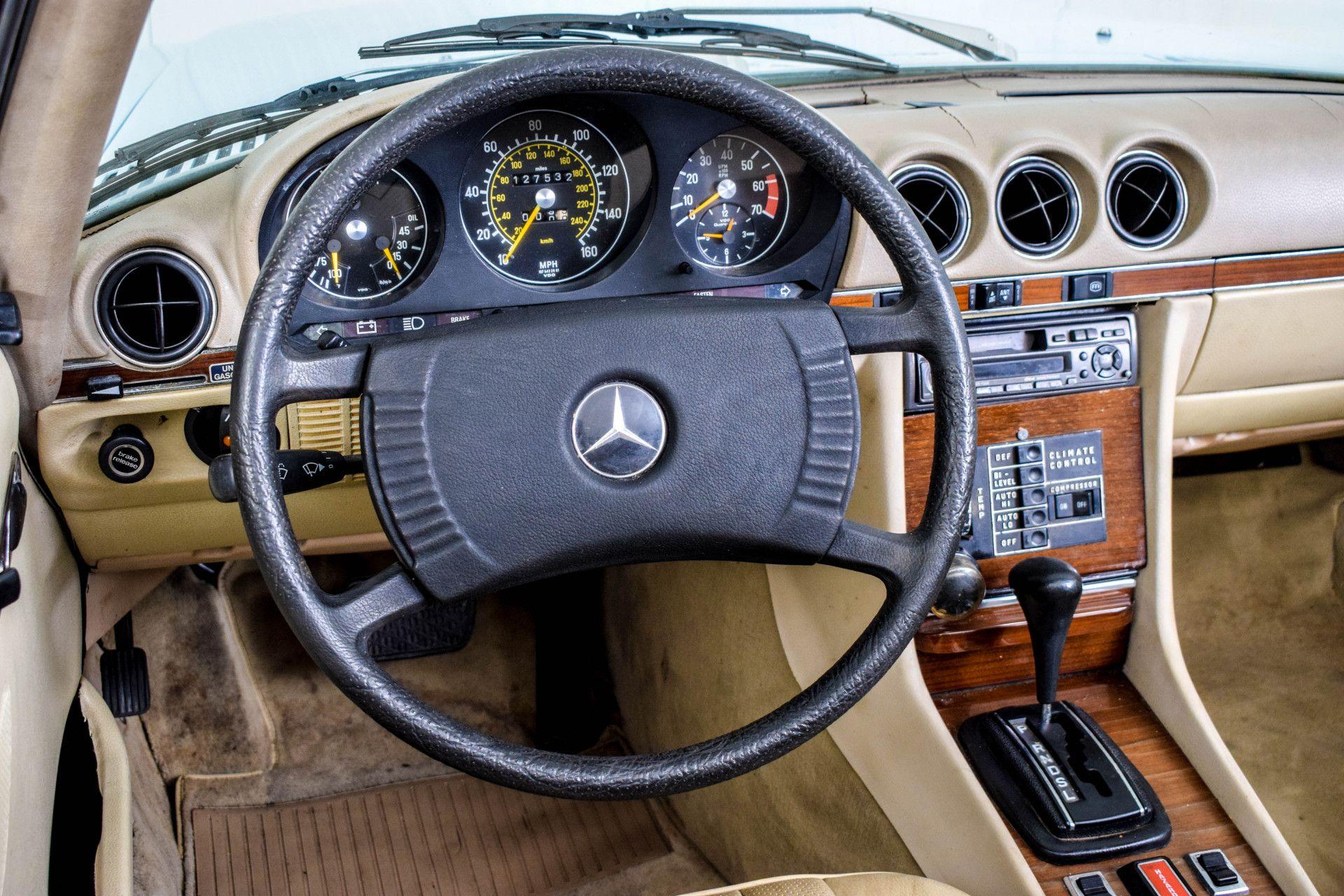 Mercedes-Benz SL-Klasse 450 SL Roadster Foto 29