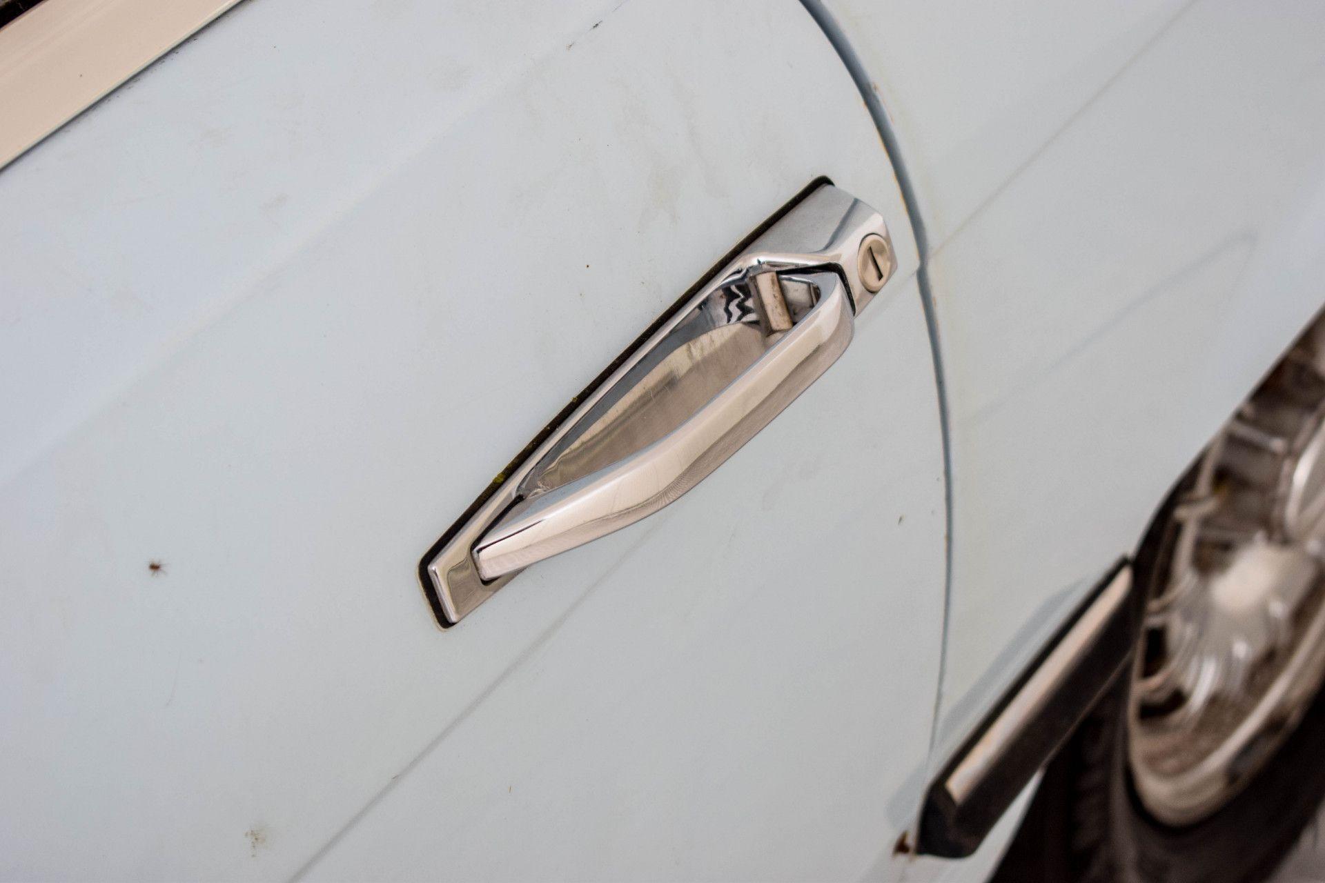 Mercedes-Benz SL-Klasse 450 SL Roadster Foto 33