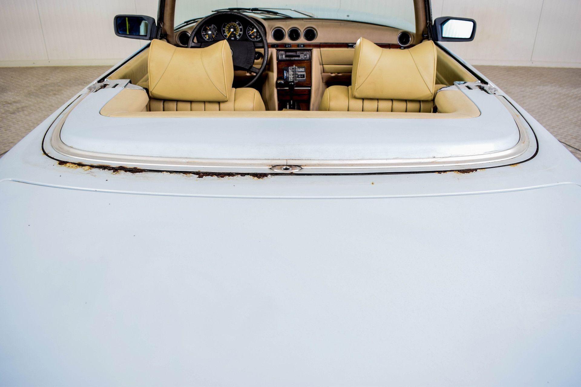 Mercedes-Benz SL-Klasse 450 SL Roadster Foto 41