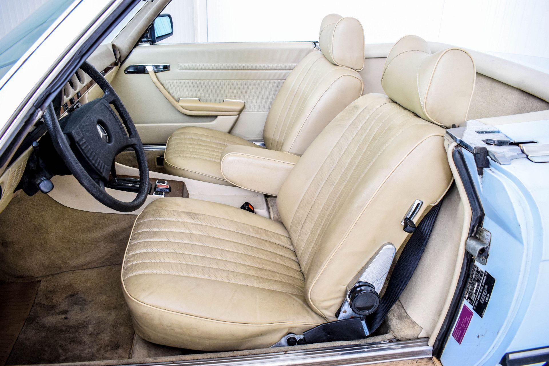 Mercedes-Benz SL-Klasse 450 SL Roadster Foto 6