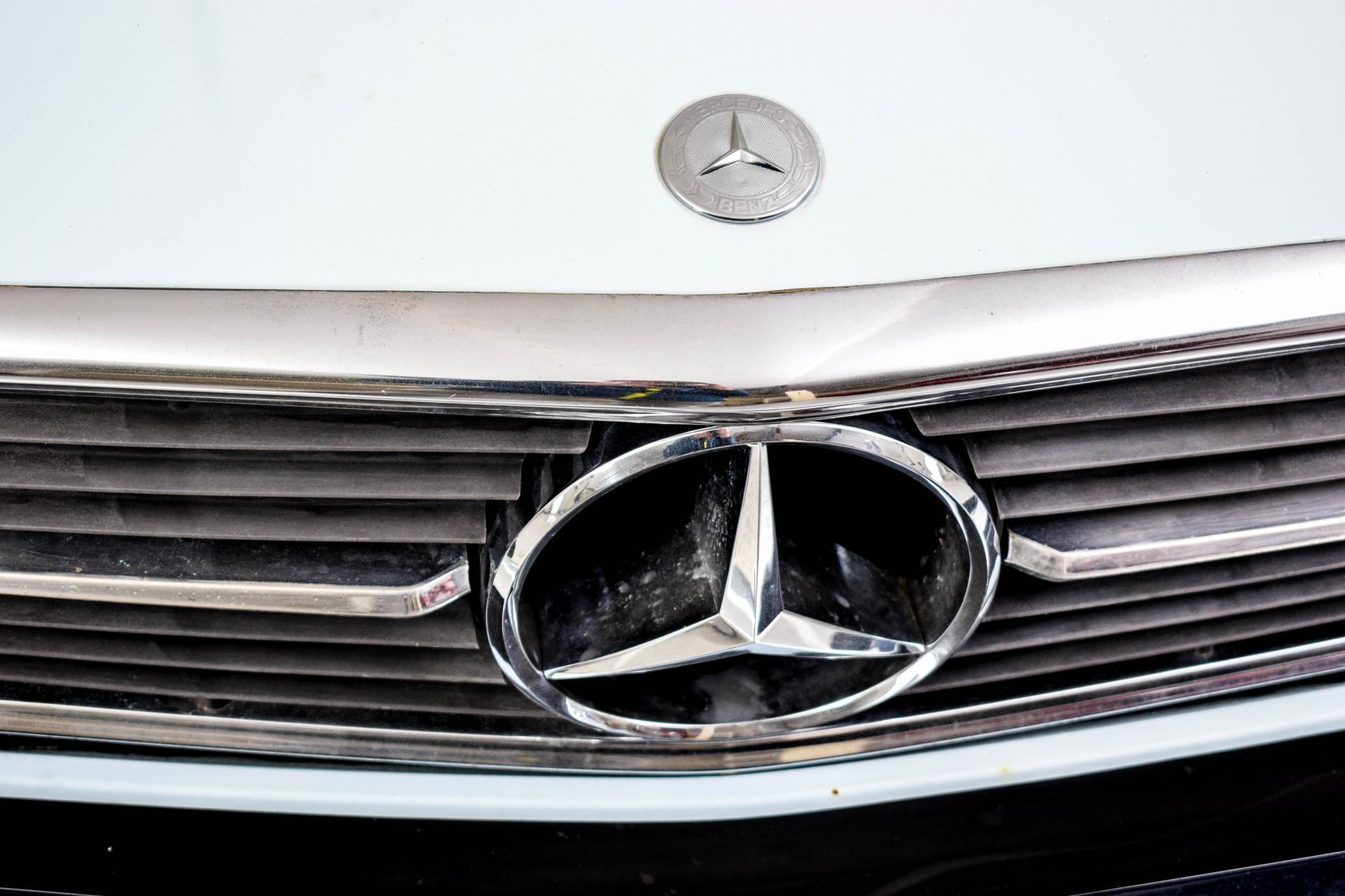 Mercedes-Benz SL-Klasse 450 SL Roadster Foto 13