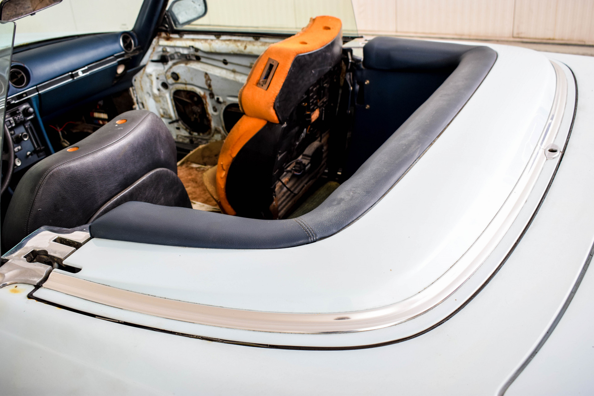 Mercedes-Benz SL-Klasse 450 SL Roadster Foto 30