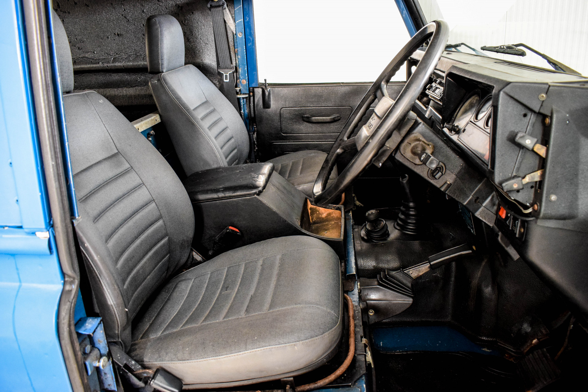 Land Rover Defender 90 2.5 TDI Foto 13
