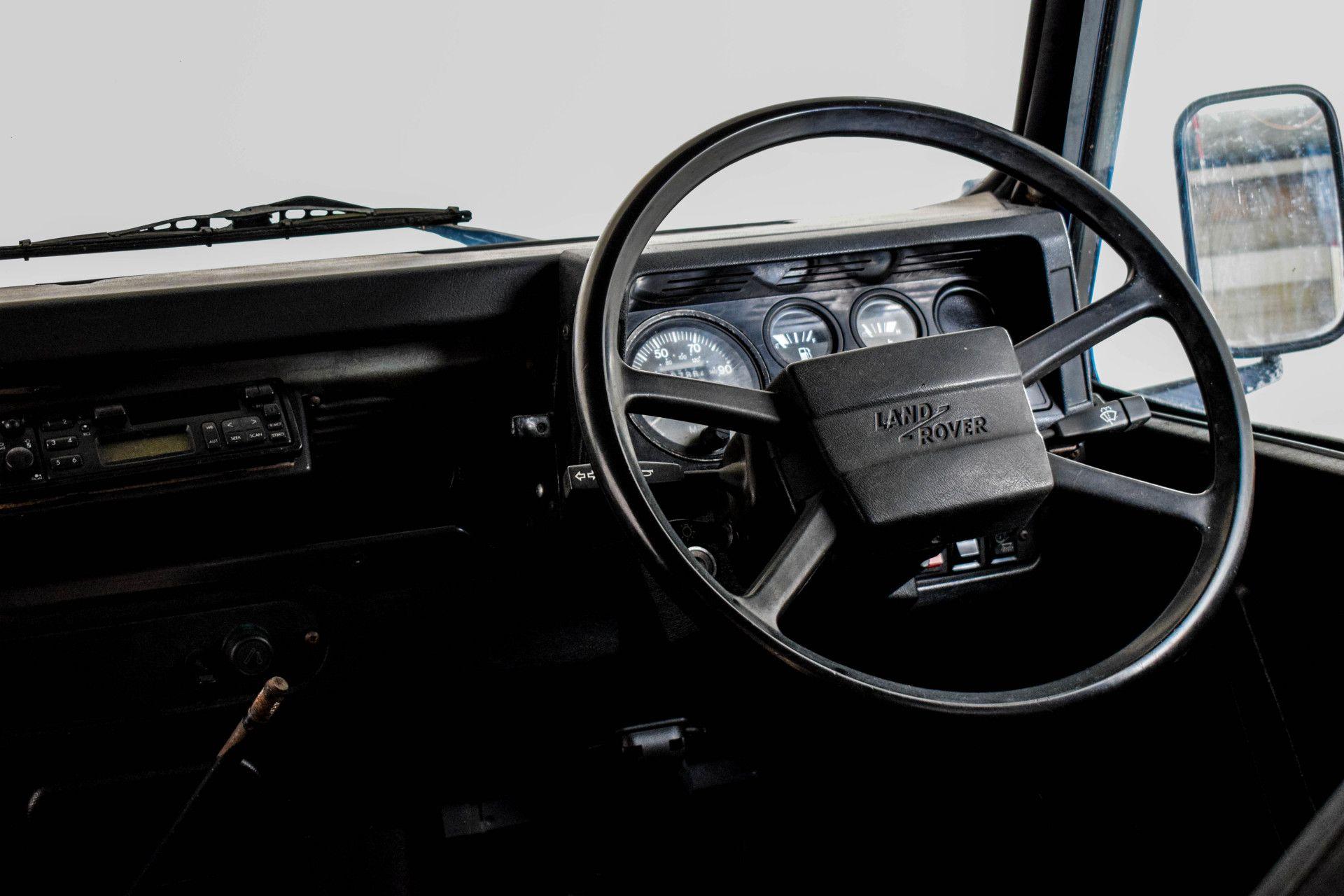 Land Rover Defender 90 2.5 TDI Foto 19