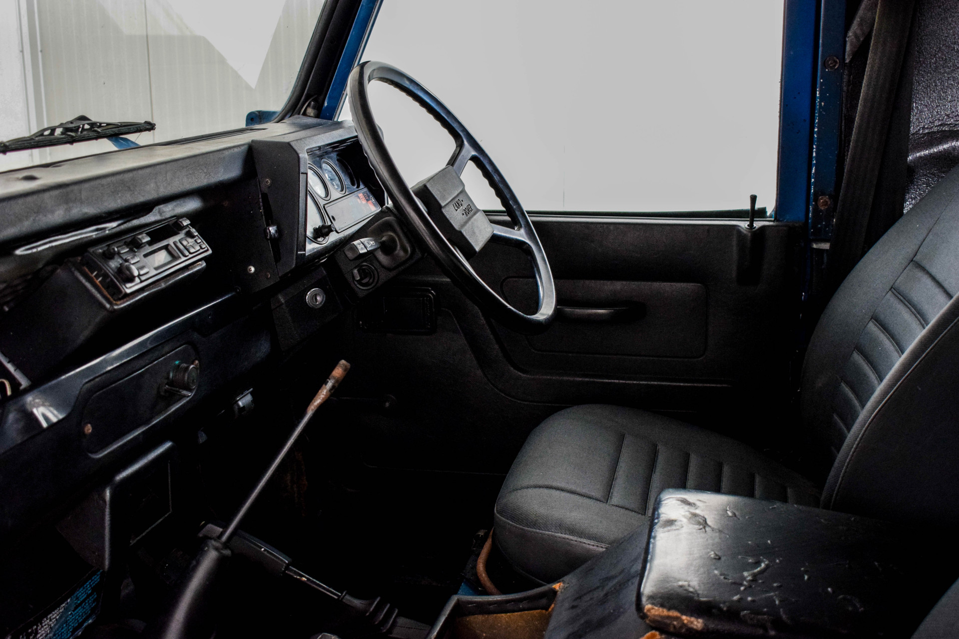 Land Rover Defender 90 2.5 TDI Foto 26