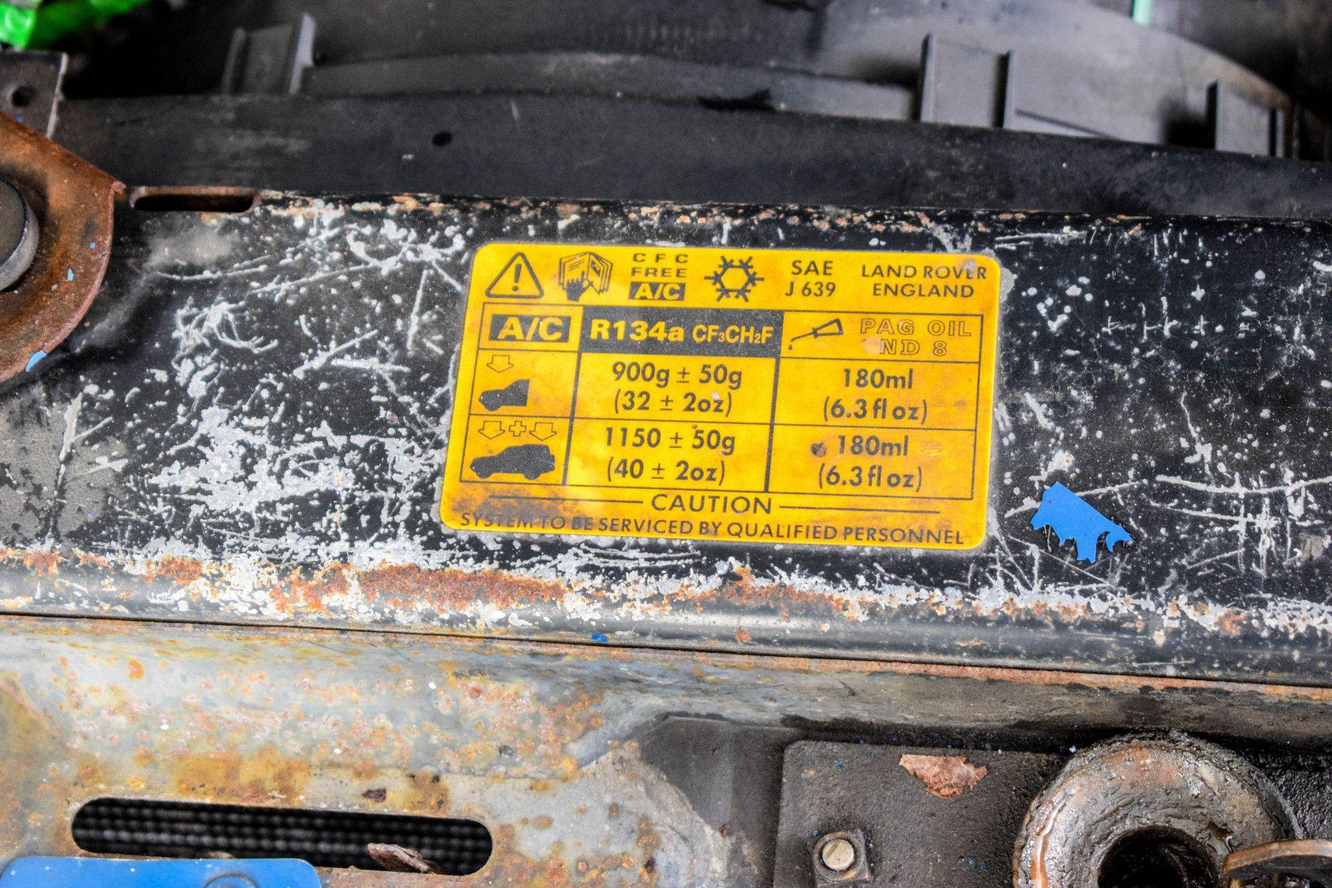 Land Rover Defender 90 2.5 TDI Foto 43