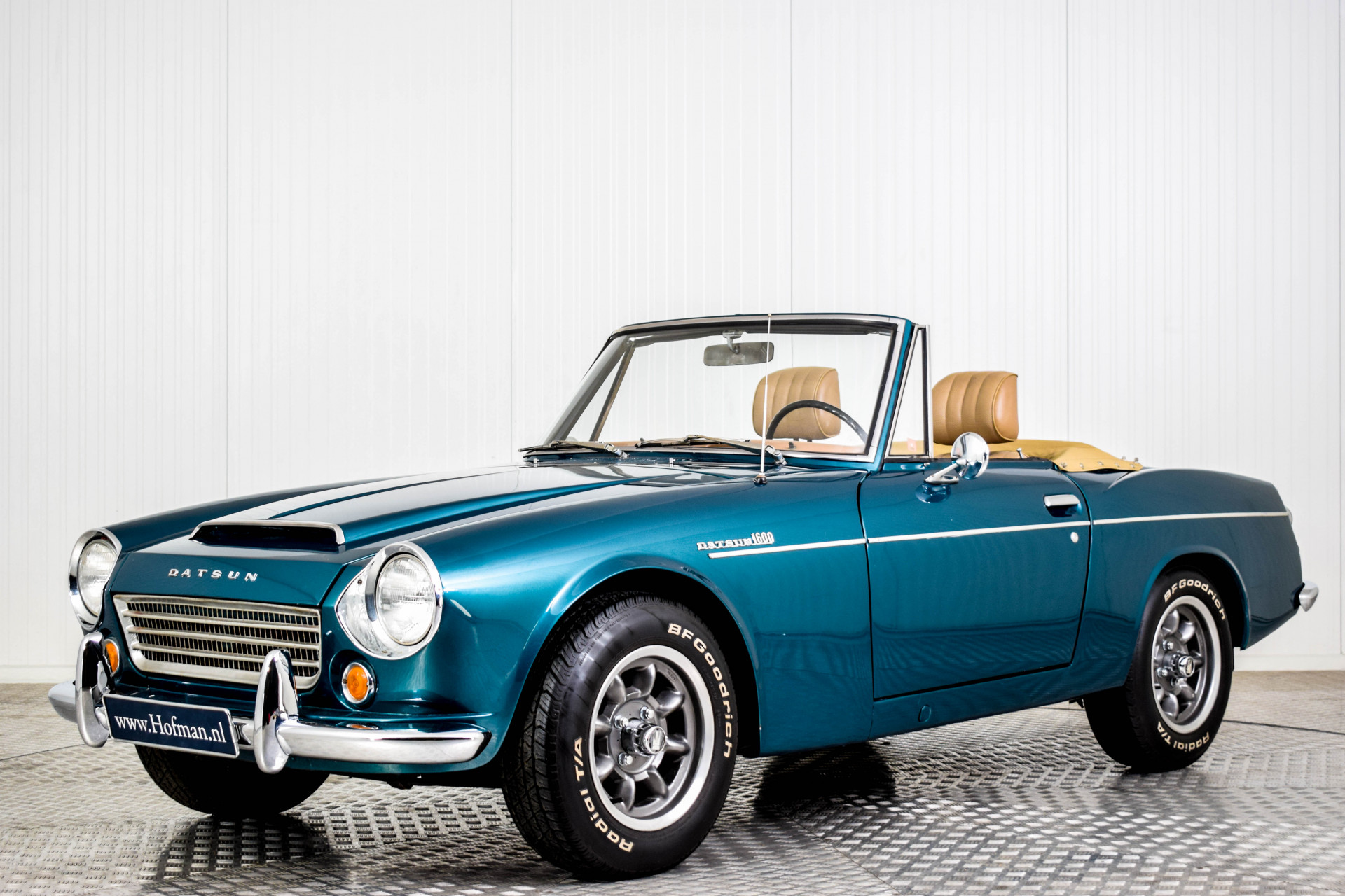Datsun Fairlady 1600 SPL311 Foto 1