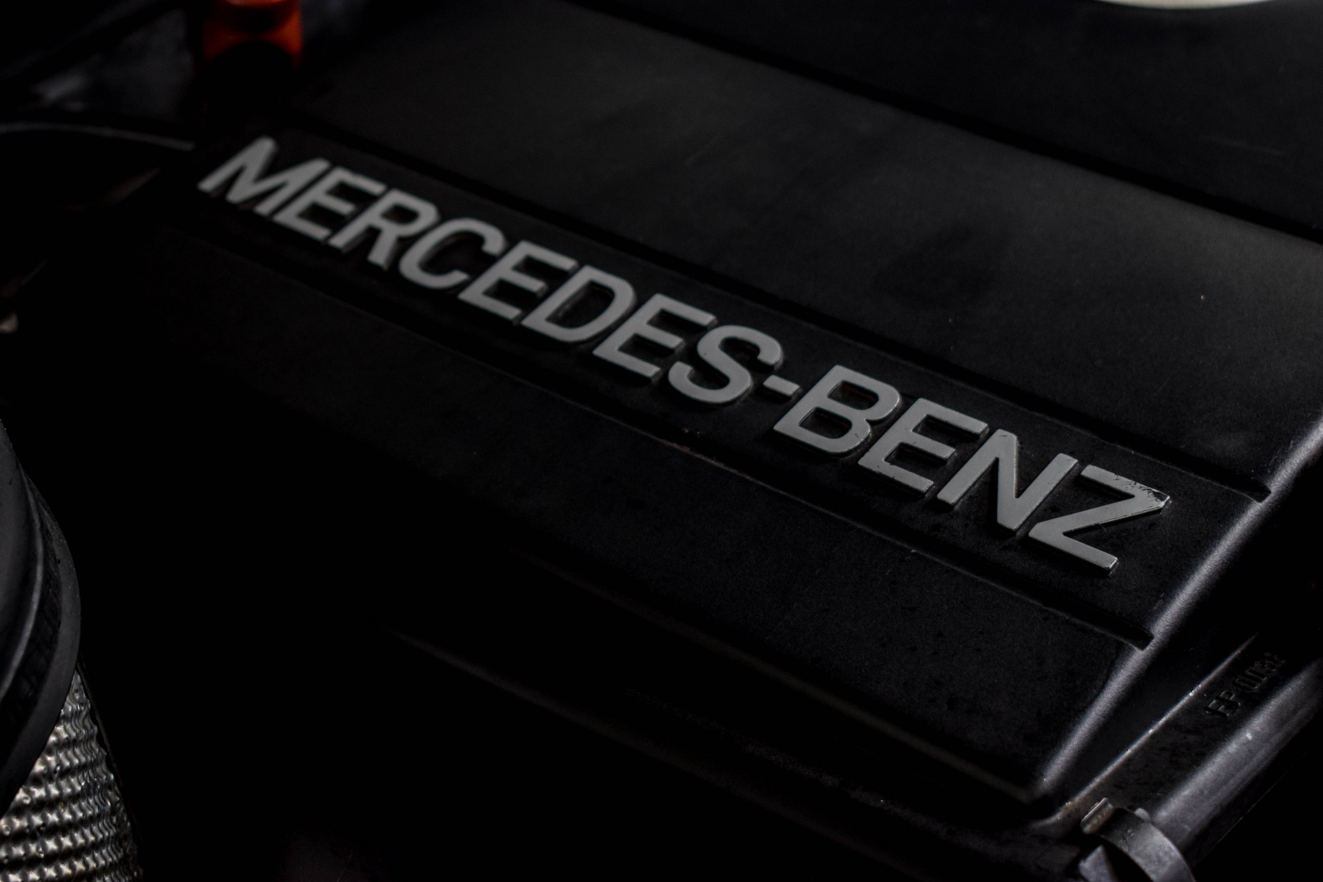 Mercedes-Benz 200-serie 400 E V8 Foto 55
