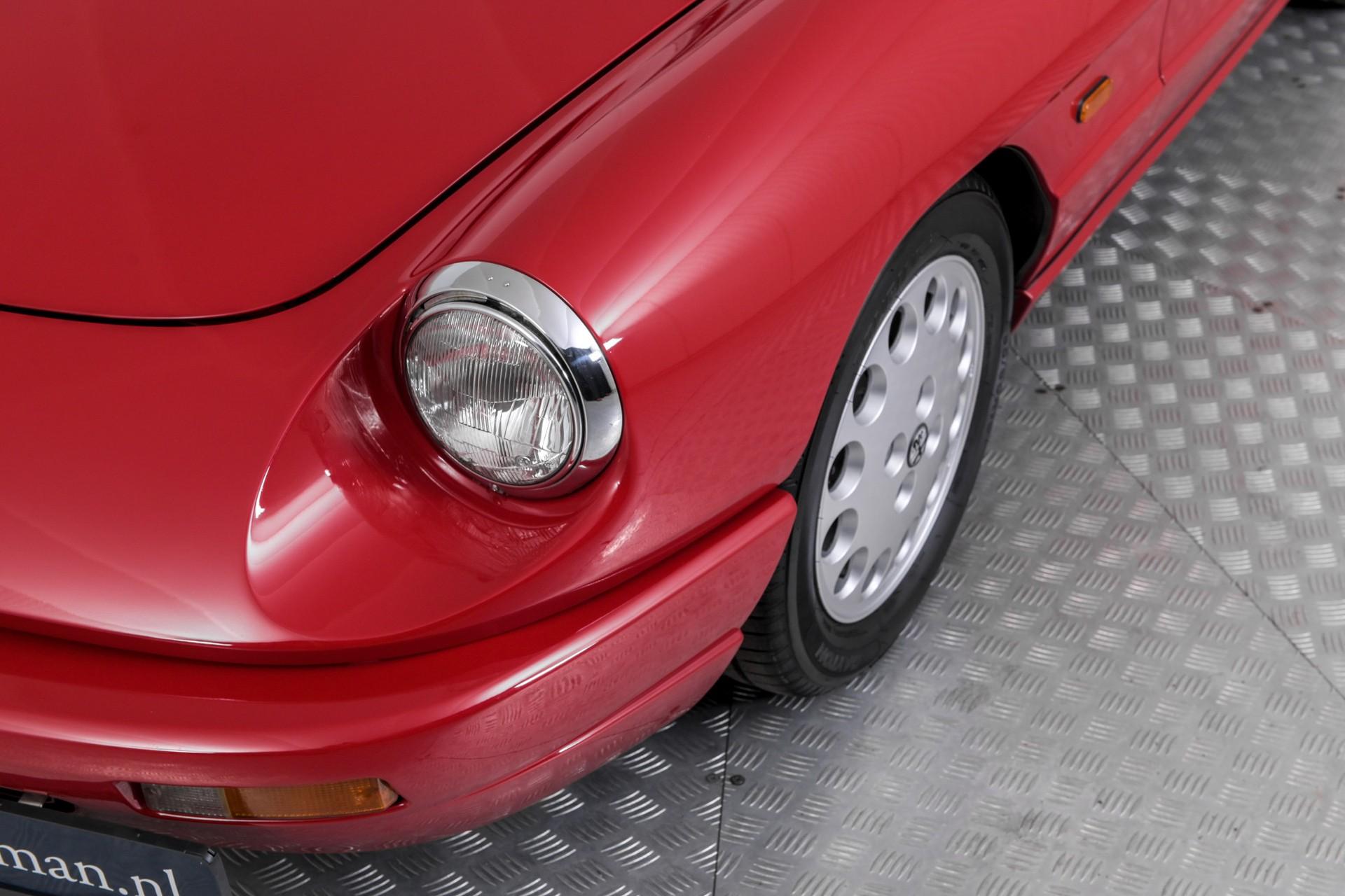 Alfa Romeo Spider 2.0i Serie 4 Foto 12