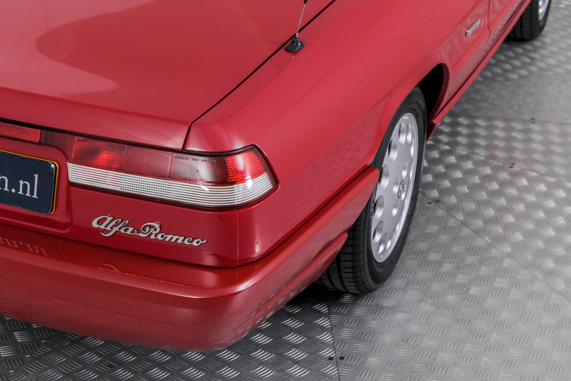 Alfa Romeo Spider 2.0i Serie 4 Foto 13