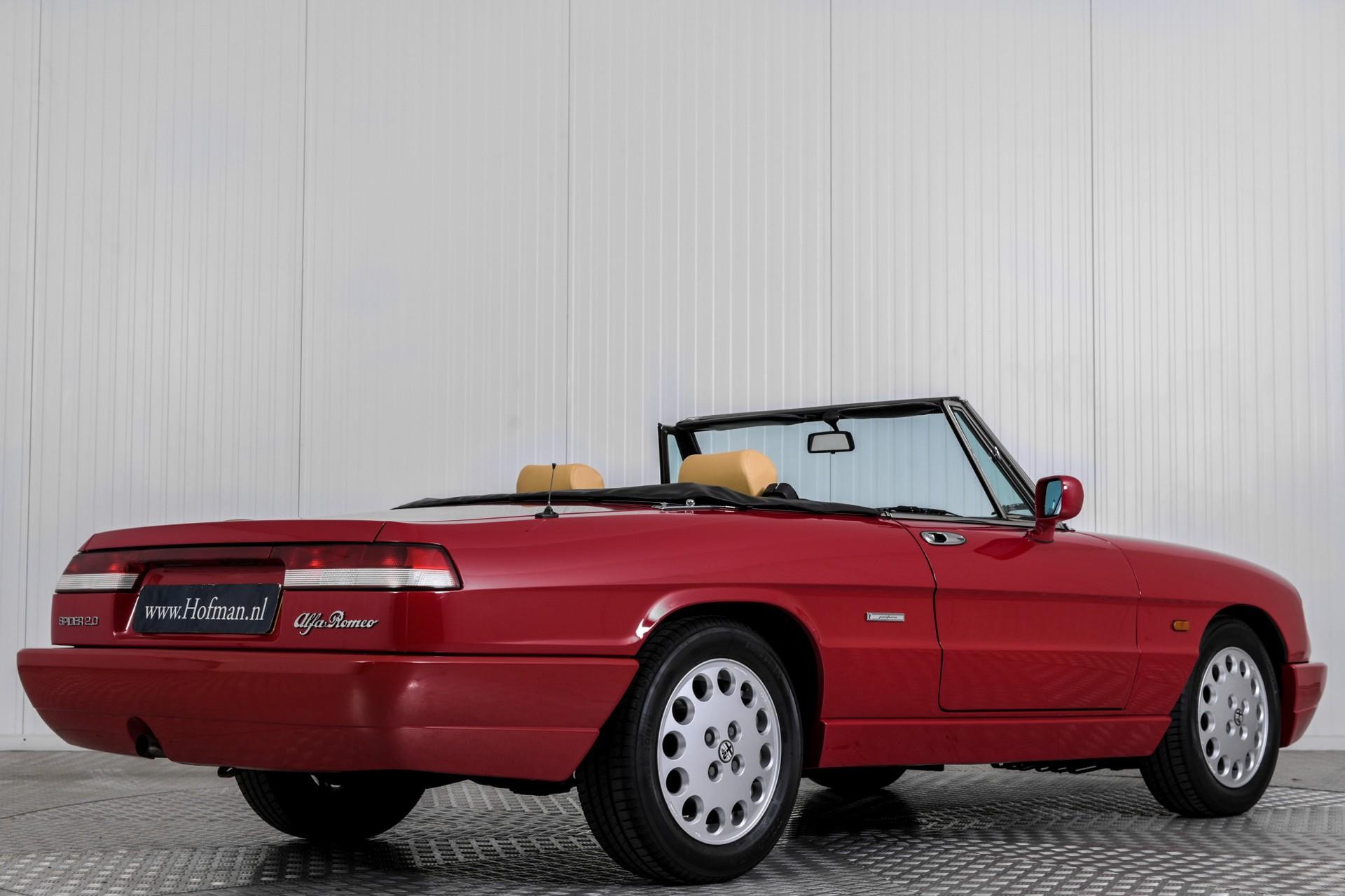 Alfa Romeo Spider 2.0i Serie 4 Foto 2