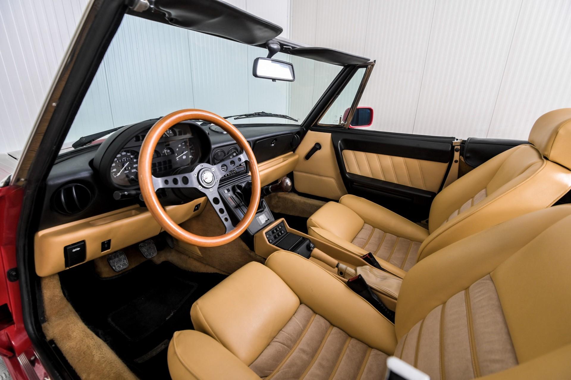 Alfa Romeo Spider 2.0i Serie 4 Foto 20