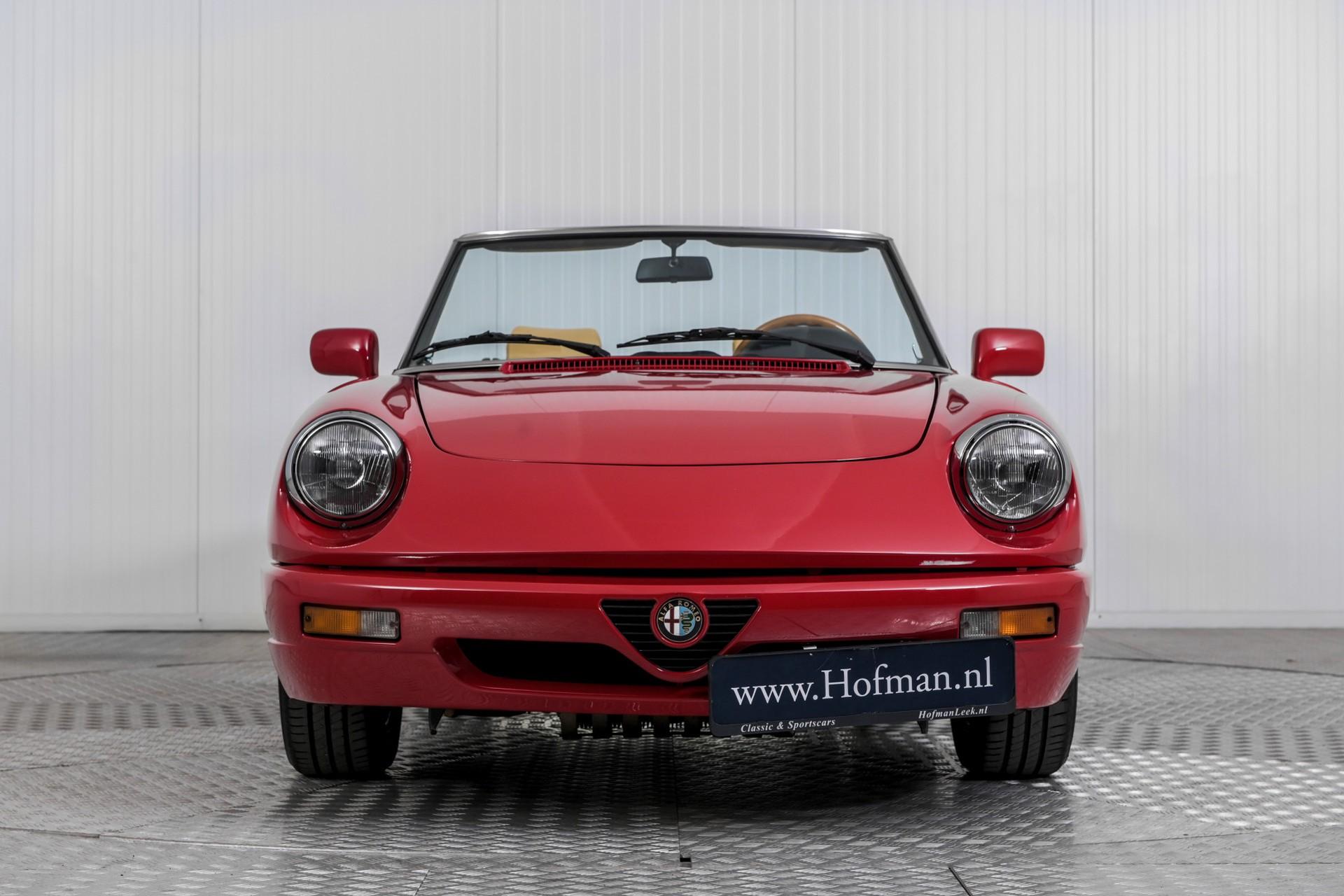 Alfa Romeo Spider 2.0i Serie 4 Foto 3