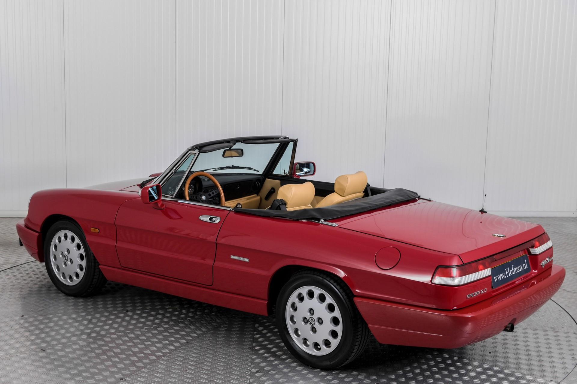 Alfa Romeo Spider 2.0i Serie 4 Foto 34