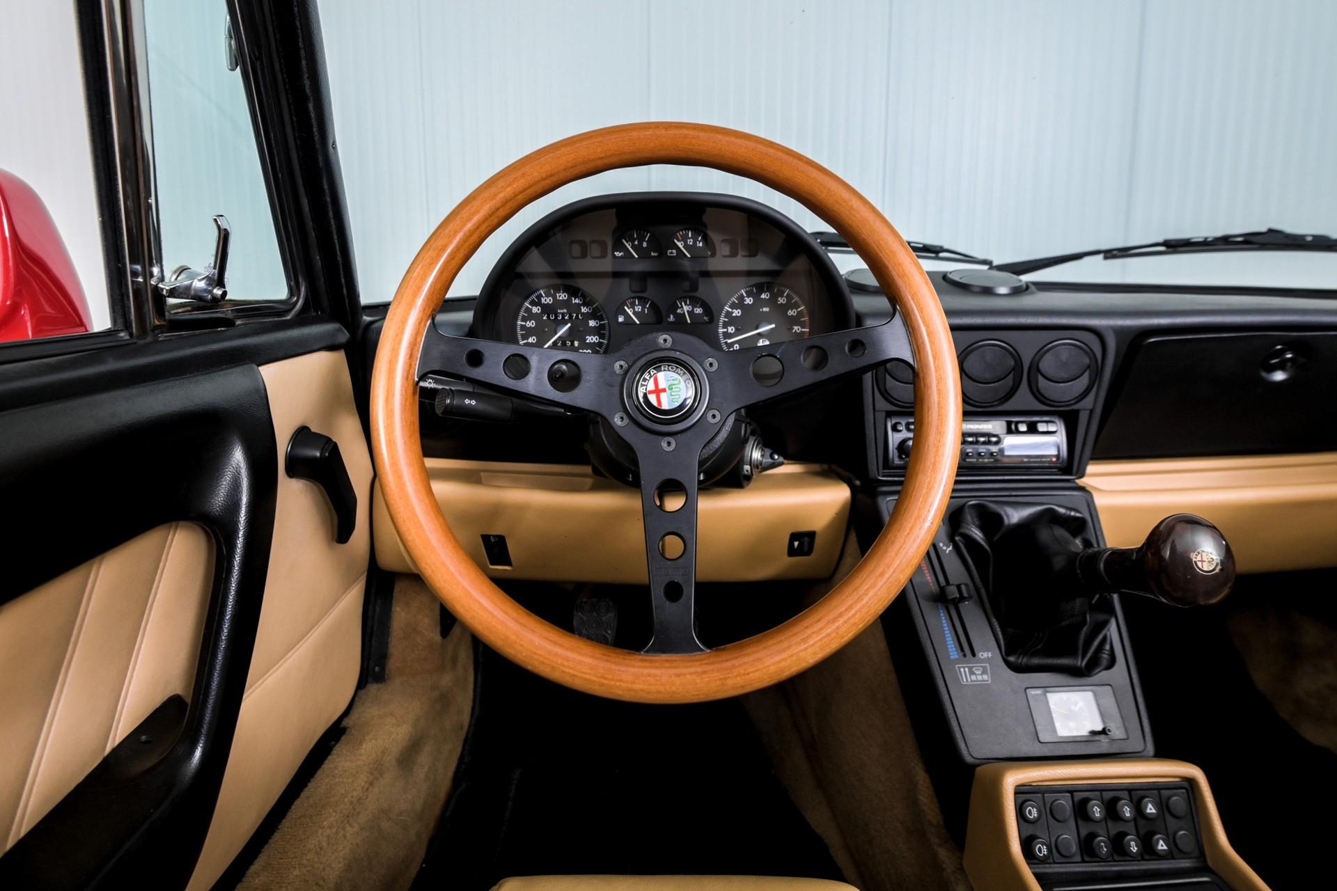 Alfa Romeo Spider 2.0i Serie 4 Foto 35