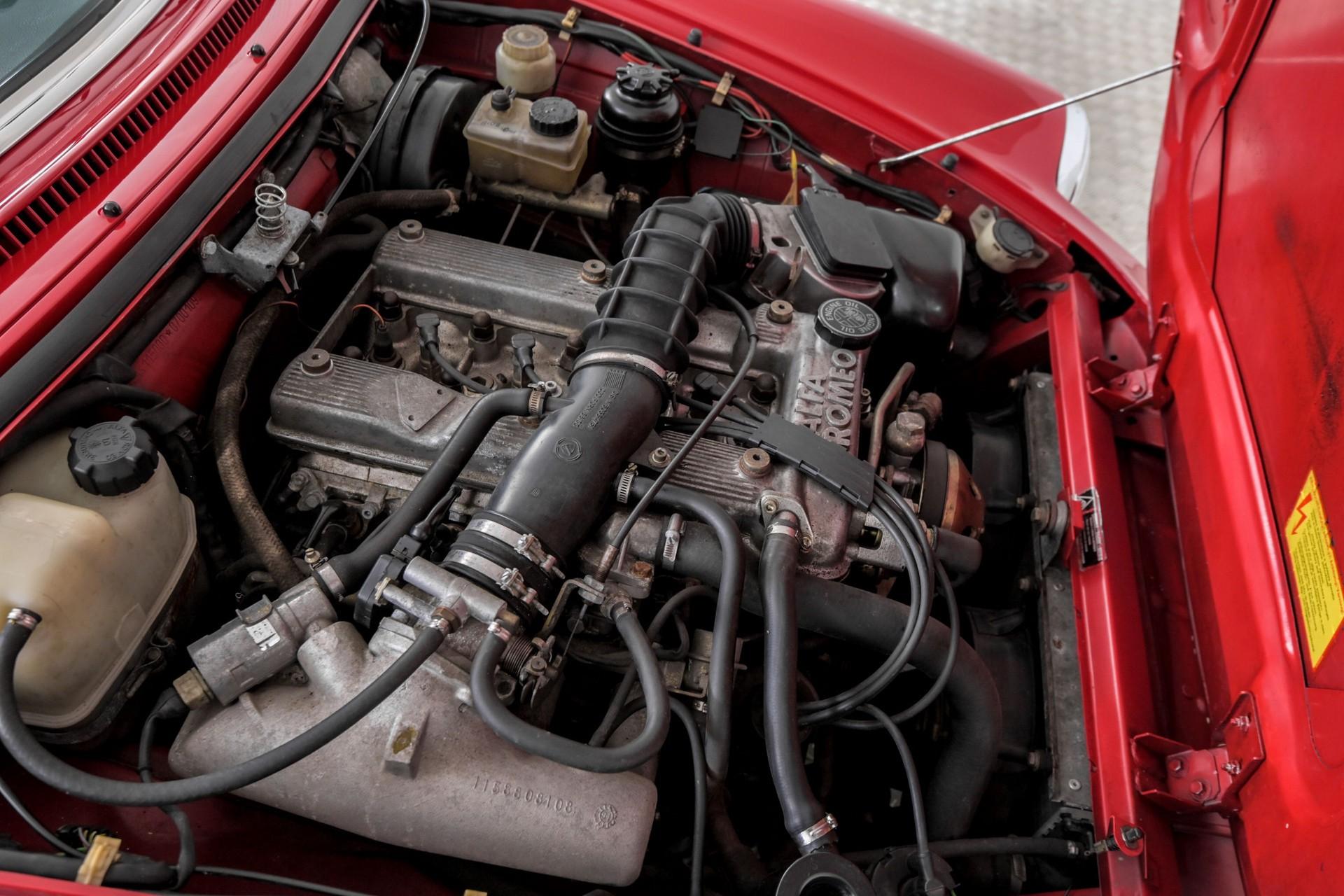 Alfa Romeo Spider 2.0i Serie 4 Foto 57