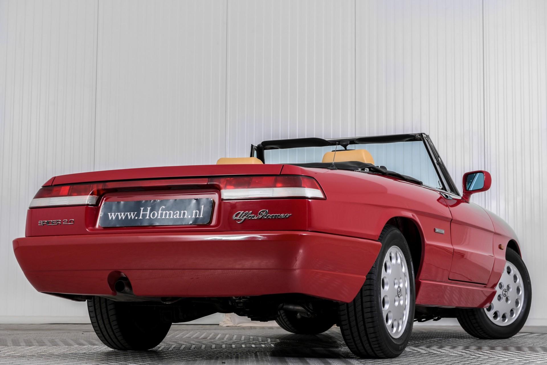 Alfa Romeo Spider 2.0i Serie 4 Foto 6