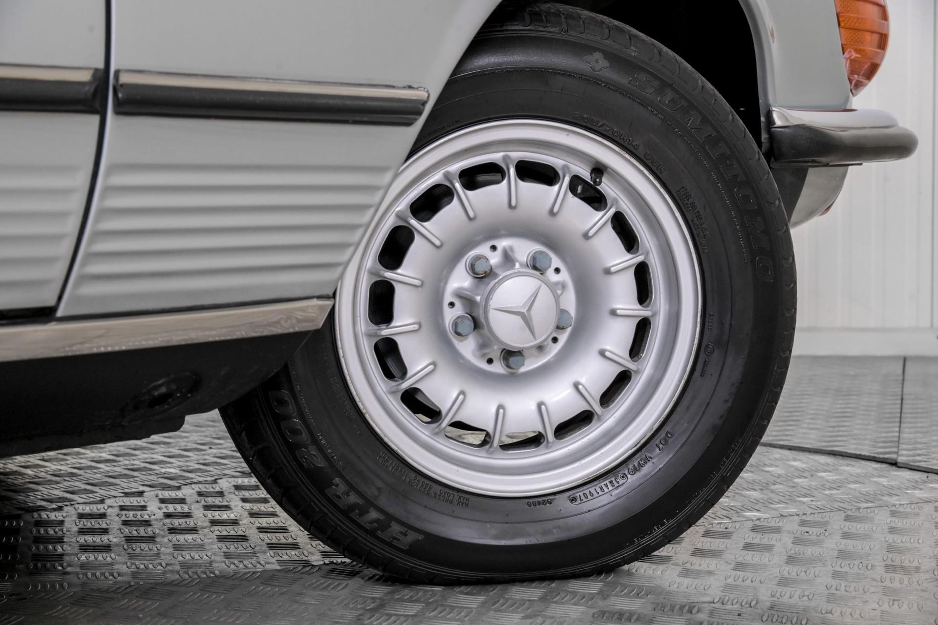 Mercedes-Benz SL-Klasse 450 SL roadster Foto 53