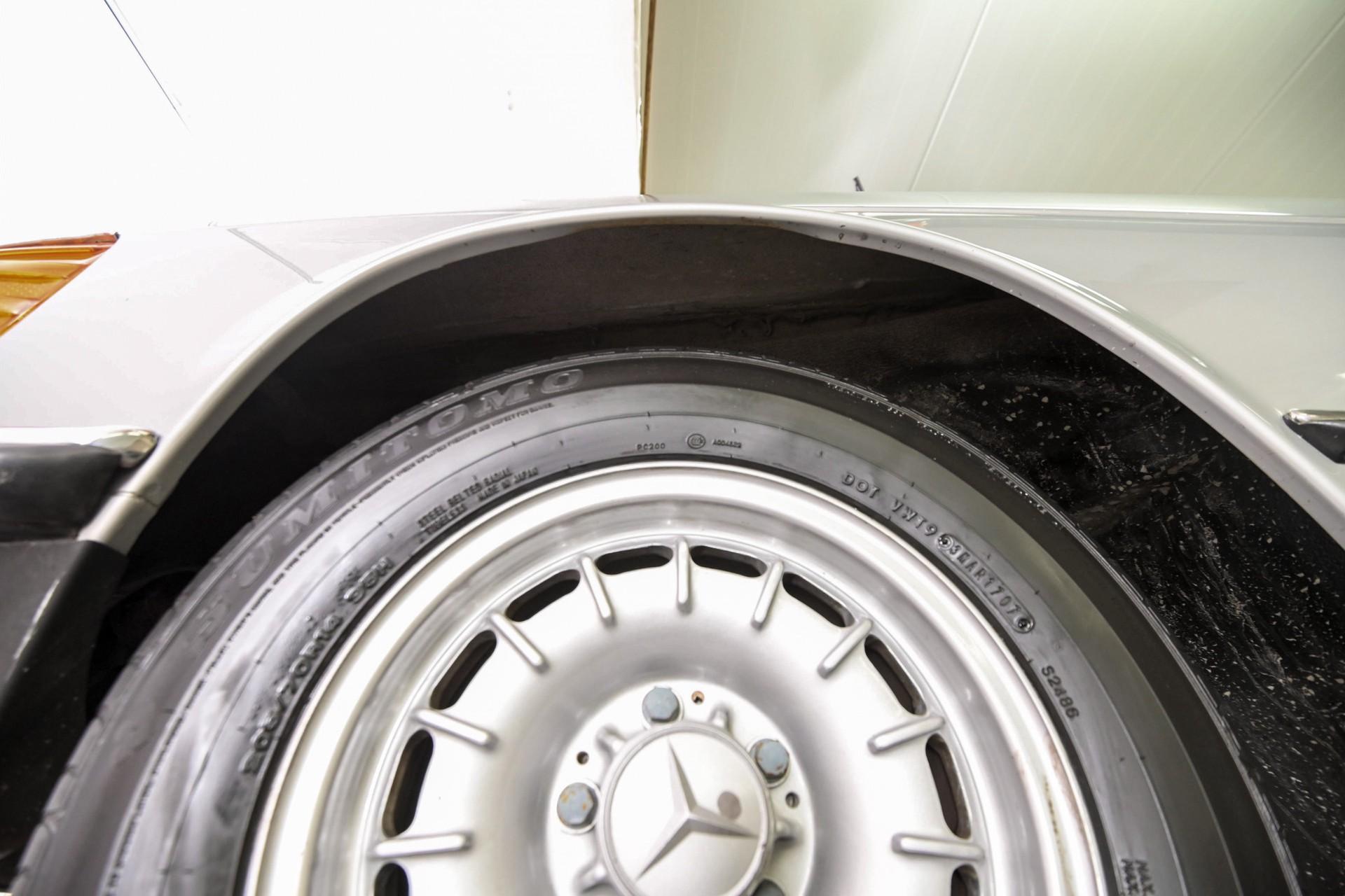 Mercedes-Benz SL-Klasse 450 SL roadster Foto 75