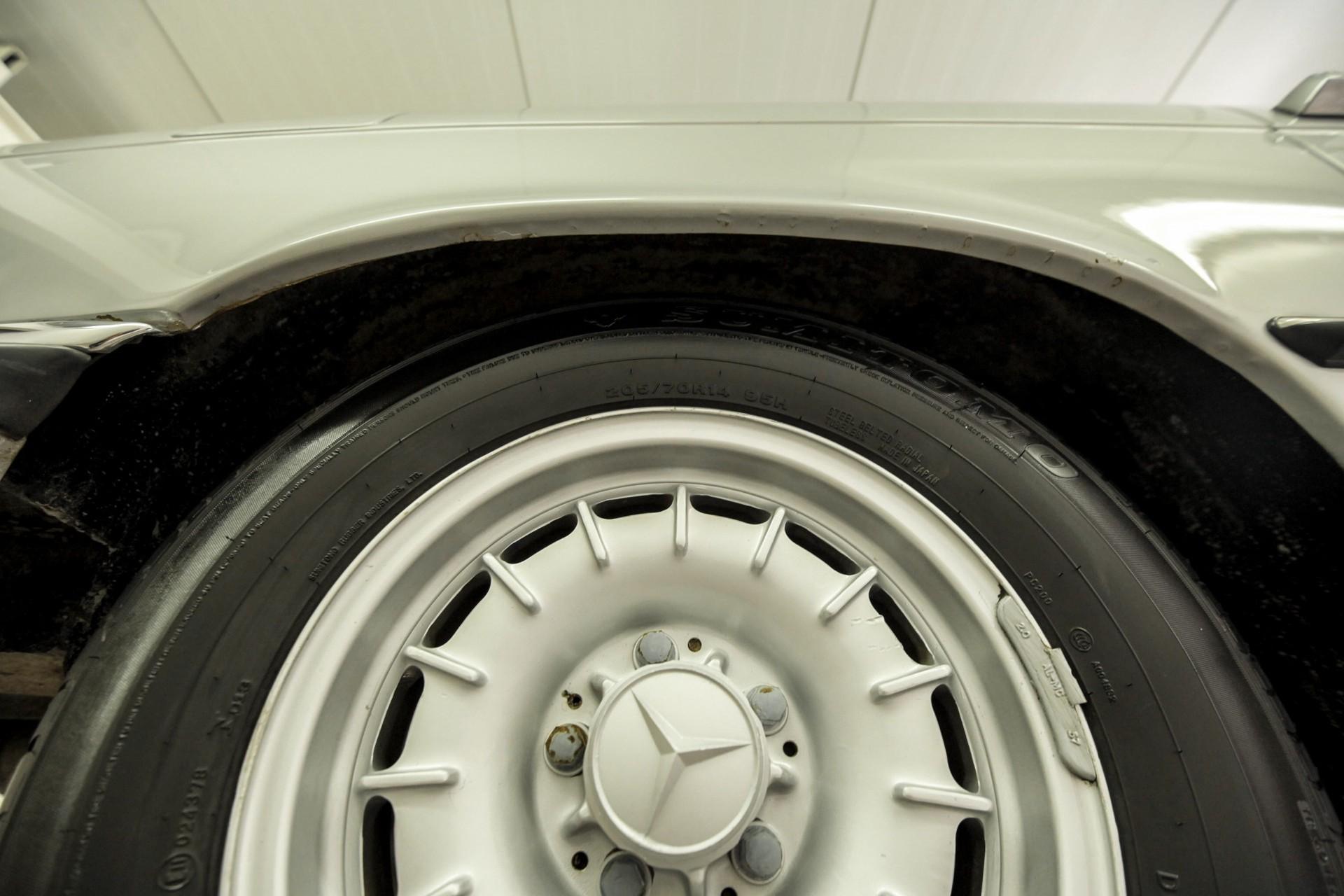 Mercedes-Benz SL-Klasse 450 SL roadster Foto 77