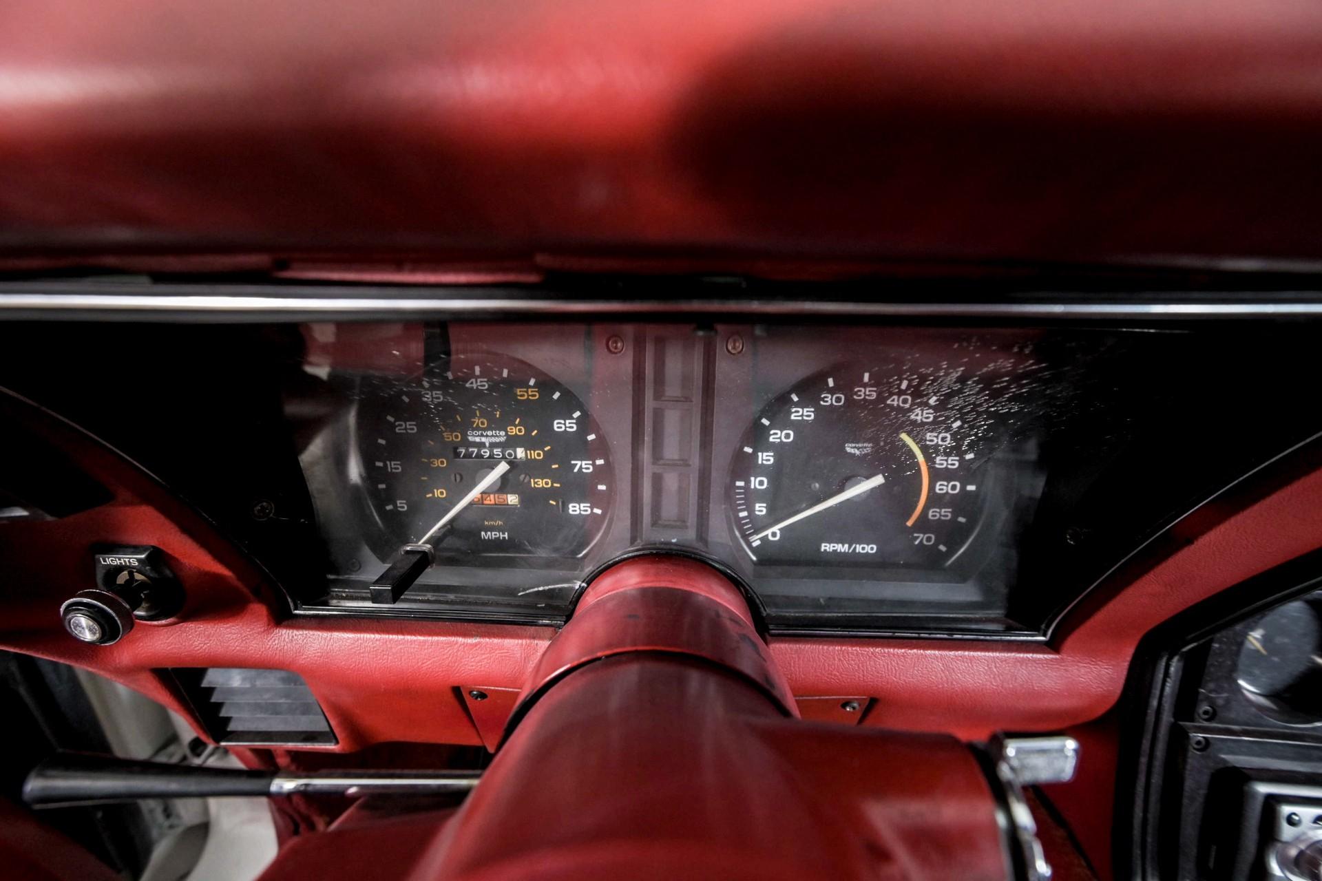 Chevrolet Corvette C3 T-Top Targa Foto 28