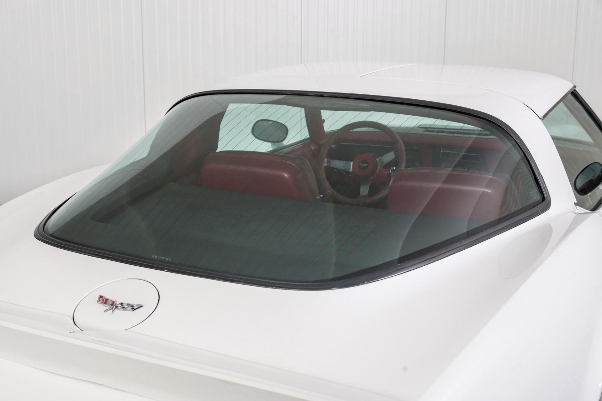 Chevrolet Corvette C3 T-Top Targa Foto 52