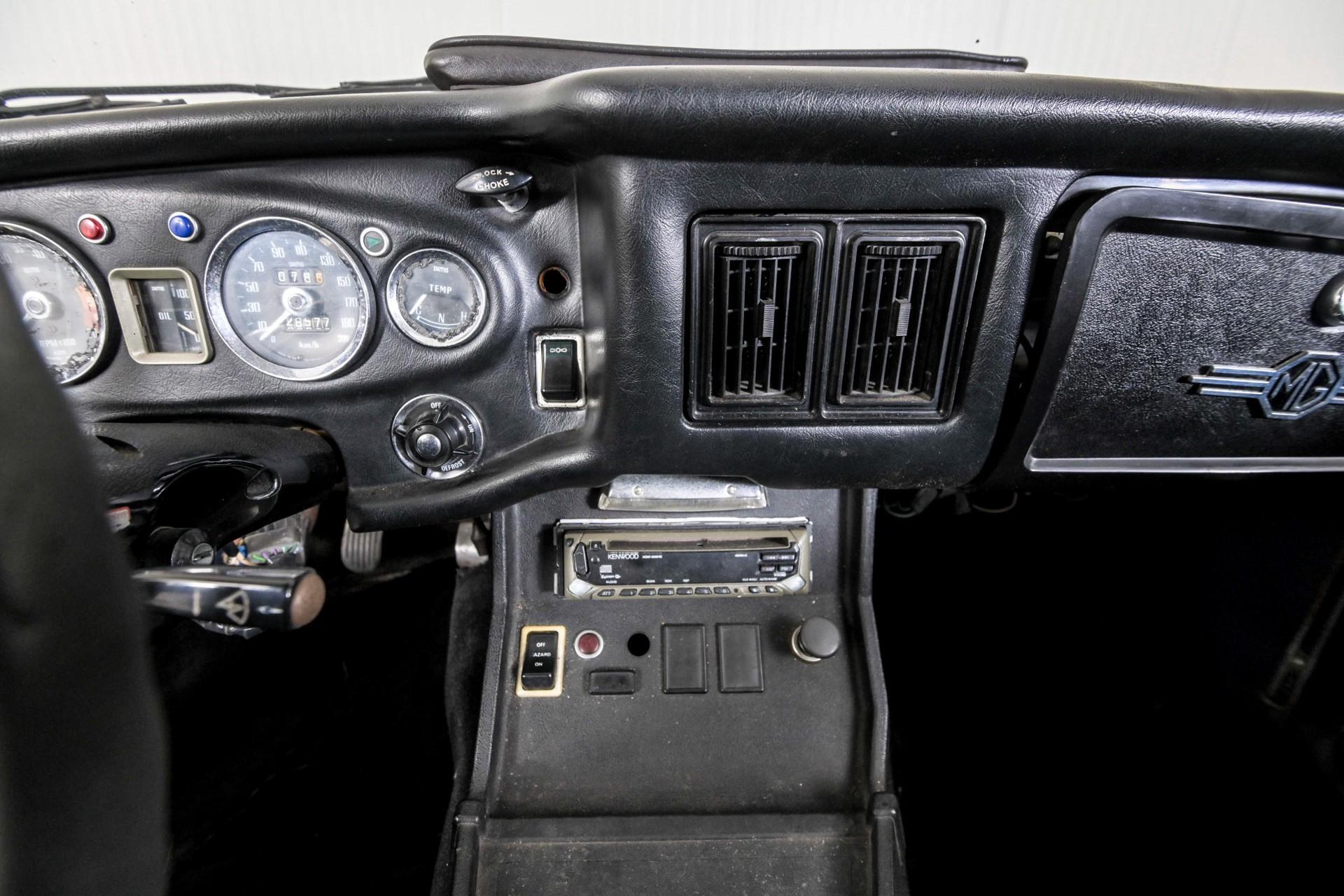 MG B 1.8 GT overdrive Foto 30