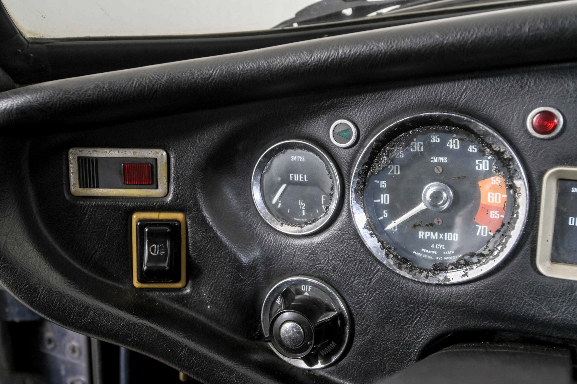 MG B 1.8 GT overdrive Foto 52