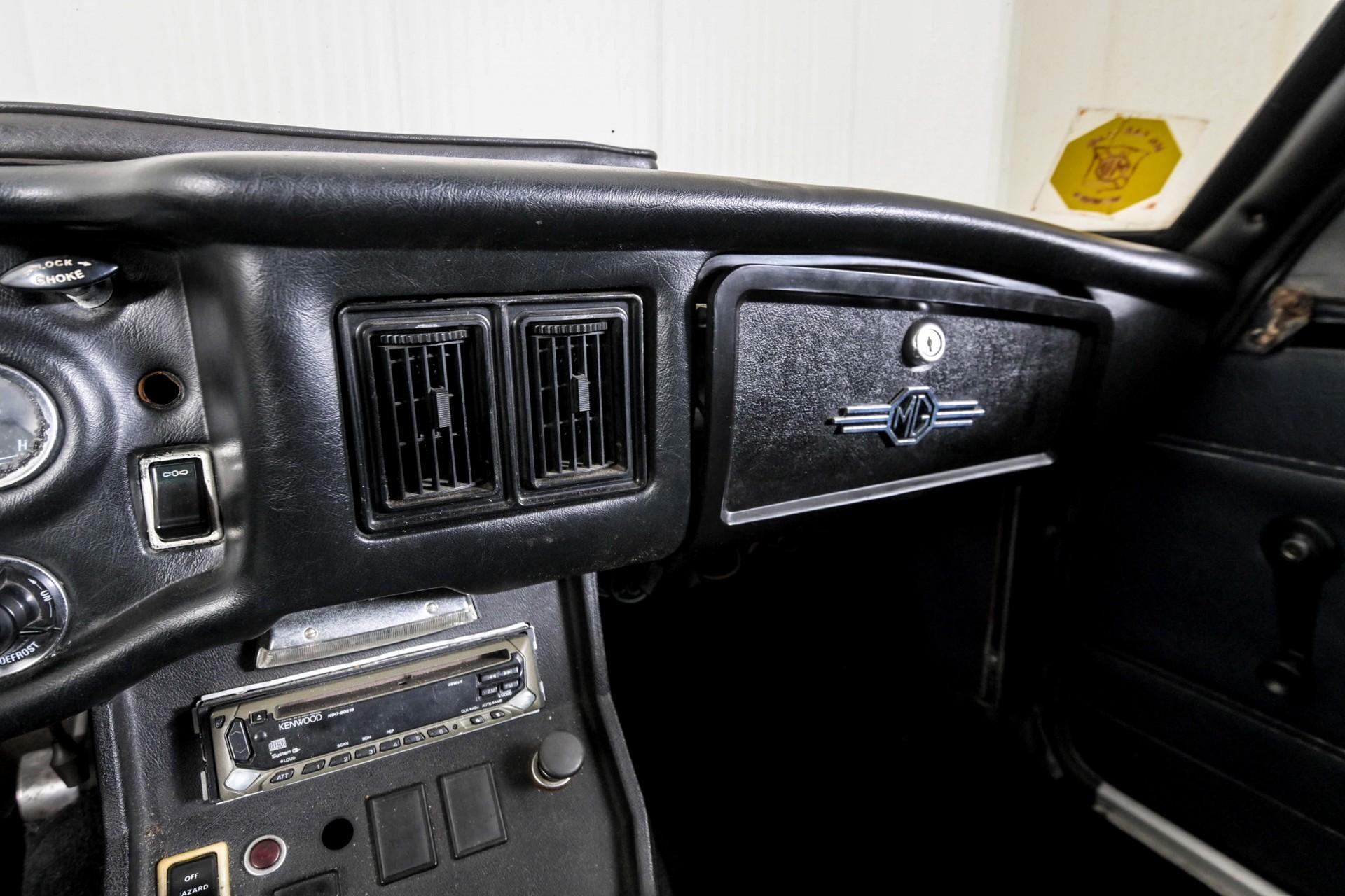 MG B 1.8 GT overdrive Foto 59