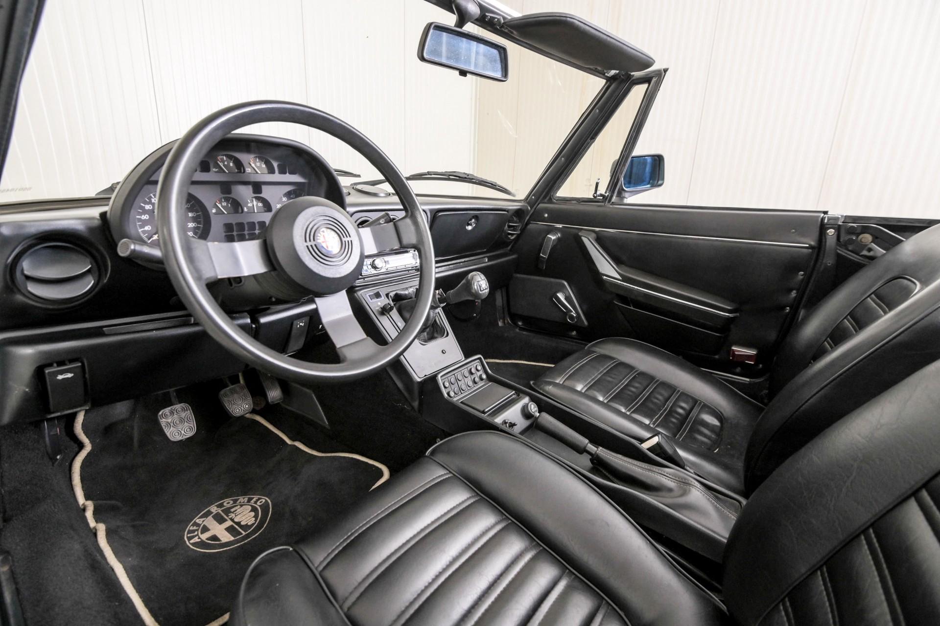 Alfa Romeo Spider 1.6 Foto 9
