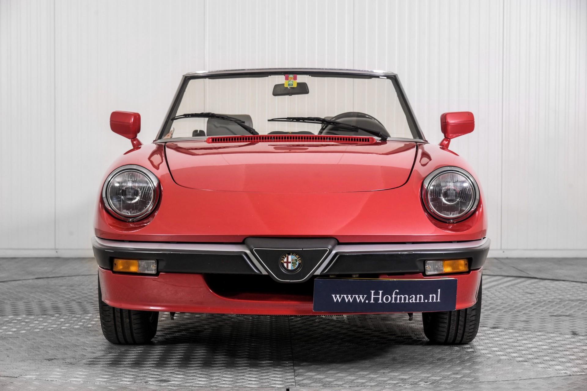 Alfa Romeo Spider 2.0 QV quadrifoglio verde slechts 75.000 KM! Foto 12