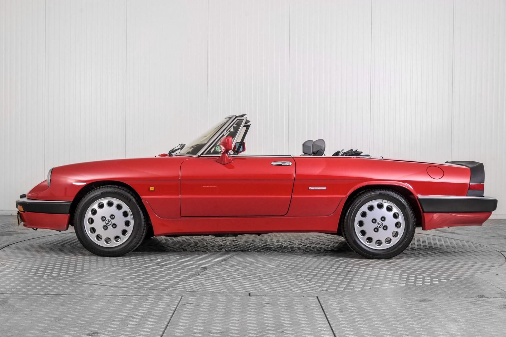 Alfa Romeo Spider 2.0 QV quadrifoglio verde slechts 75.000 KM! Foto 17