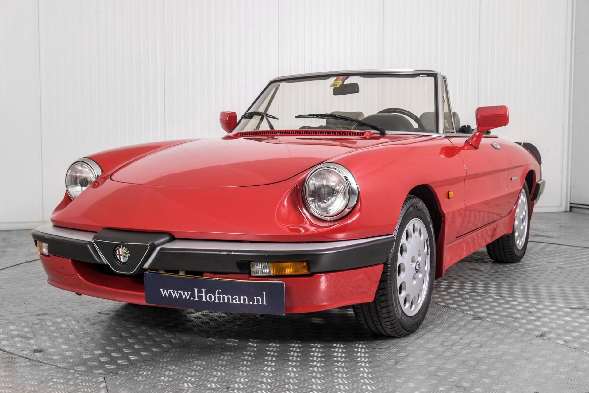 Alfa Romeo Spider 2.0 QV quadrifoglio verde slechts 75.000 KM! Foto 37
