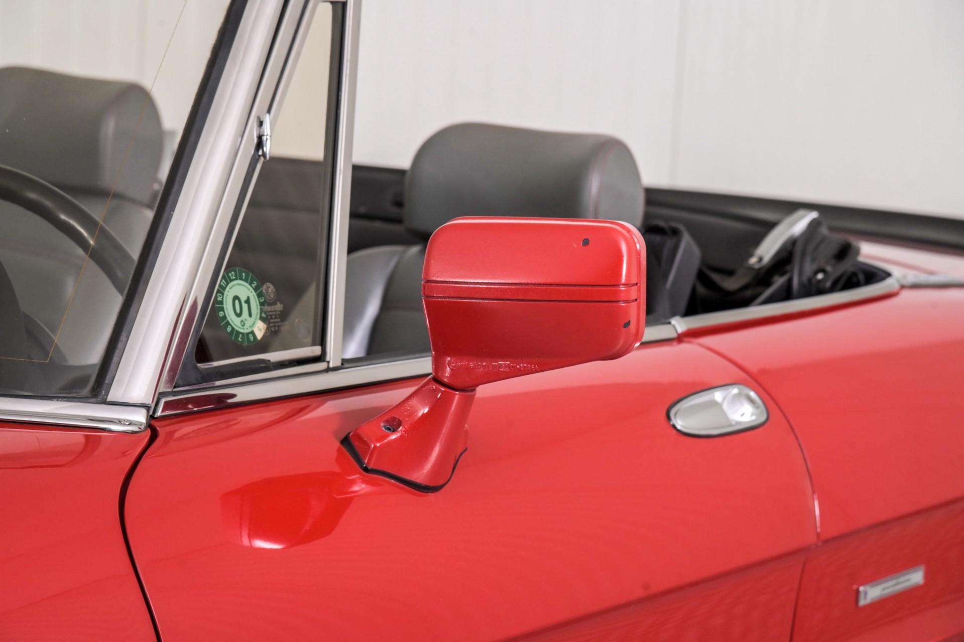 Alfa Romeo Spider 2.0 QV quadrifoglio verde slechts 75.000 KM! Foto 49