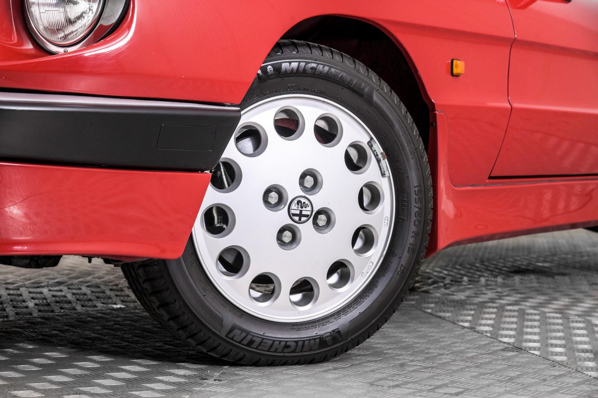 Alfa Romeo Spider 2.0 QV quadrifoglio verde slechts 75.000 KM! Foto 5