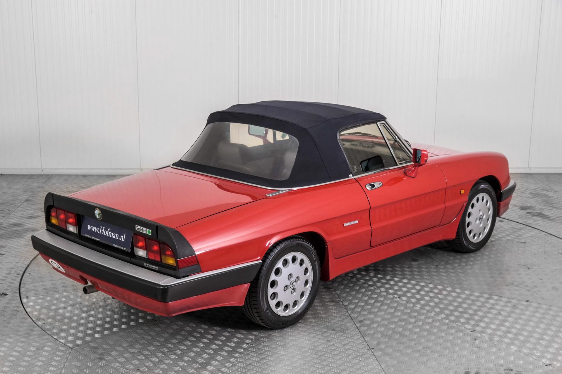 Alfa Romeo Spider 2.0 QV quadrifoglio verde slechts 75.000 KM! Foto 52