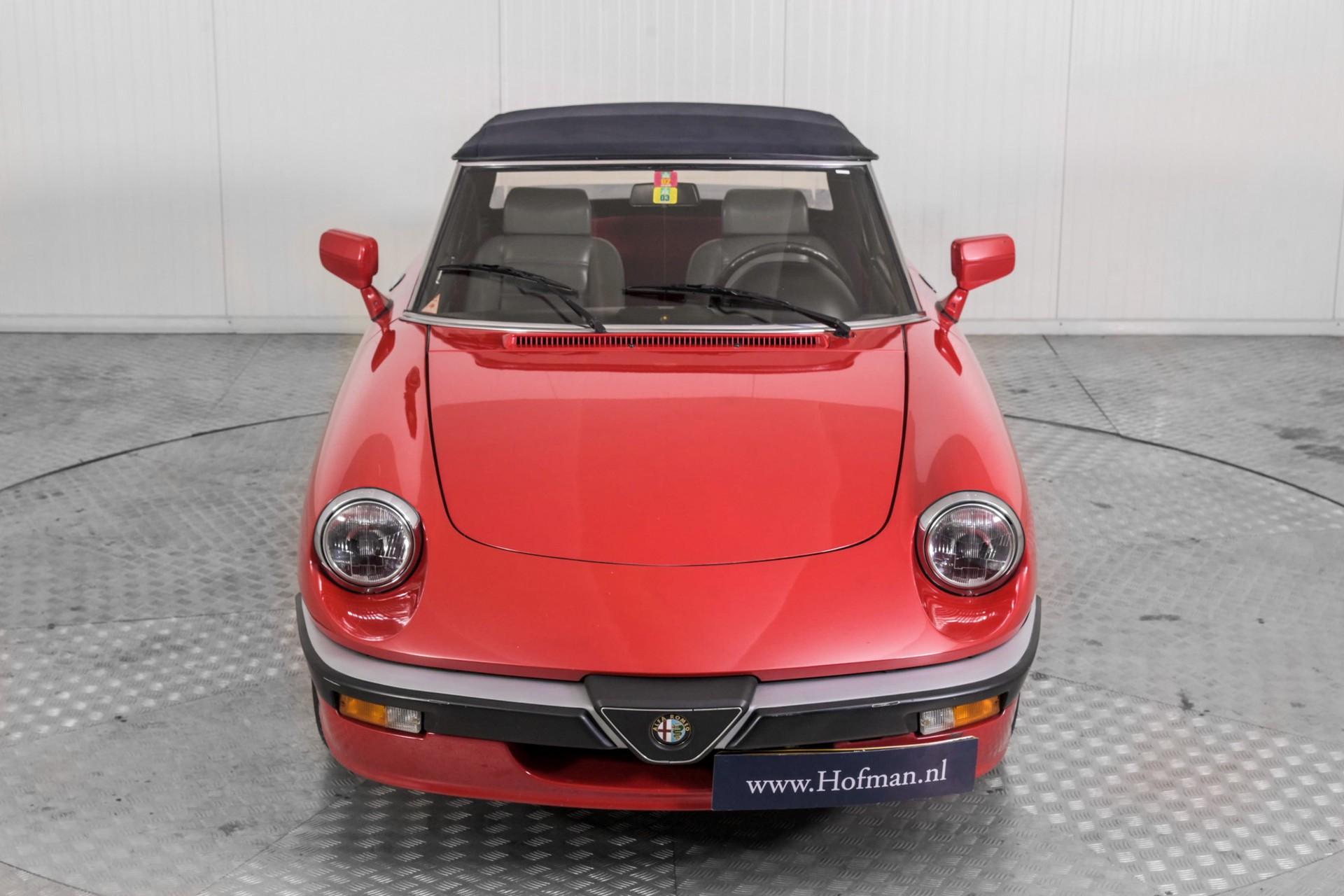 Alfa Romeo Spider 2.0 QV quadrifoglio verde slechts 75.000 KM! Foto 55
