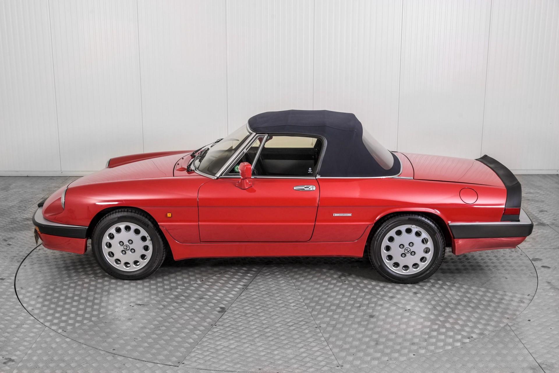 Alfa Romeo Spider 2.0 QV quadrifoglio verde slechts 75.000 KM! Foto 59